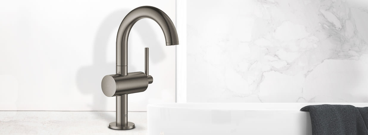 bathroom taps faucets modern bathroom articles at xtwo. Black Bedroom Furniture Sets. Home Design Ideas
